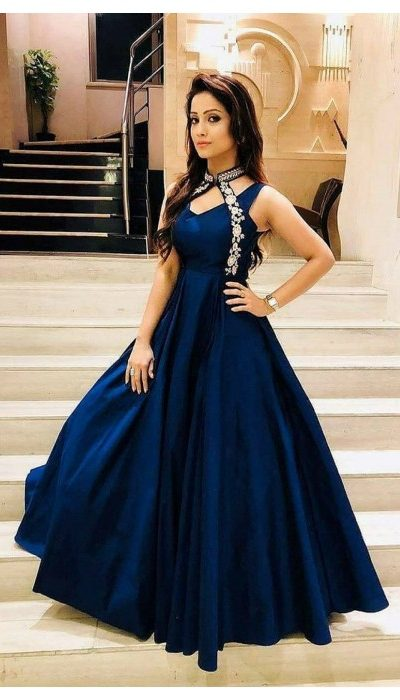 luxurious-look-with-blue-taffeta-satin-thread-work-gown