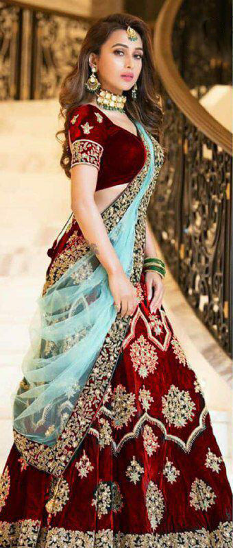 amazing-lehenga-for-womens-in-red-color-with-heavy-velvet-choli