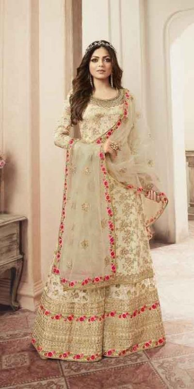 Grand look With White Heavy Jacquard Silk Georgette Plazo Suit