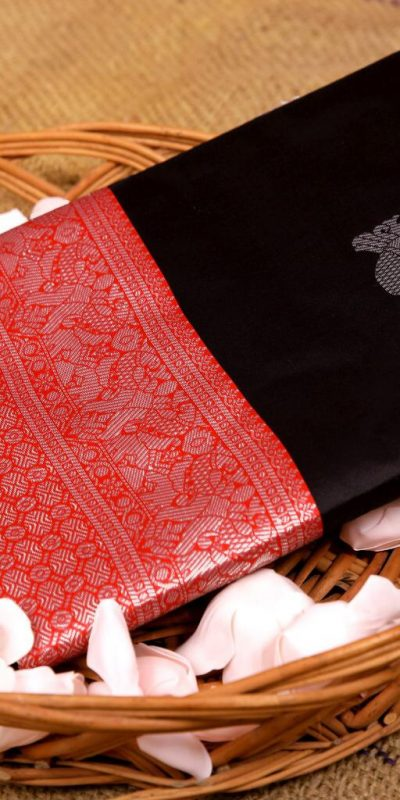 stunning-black-color-kanchipuram-silk-woven-saree