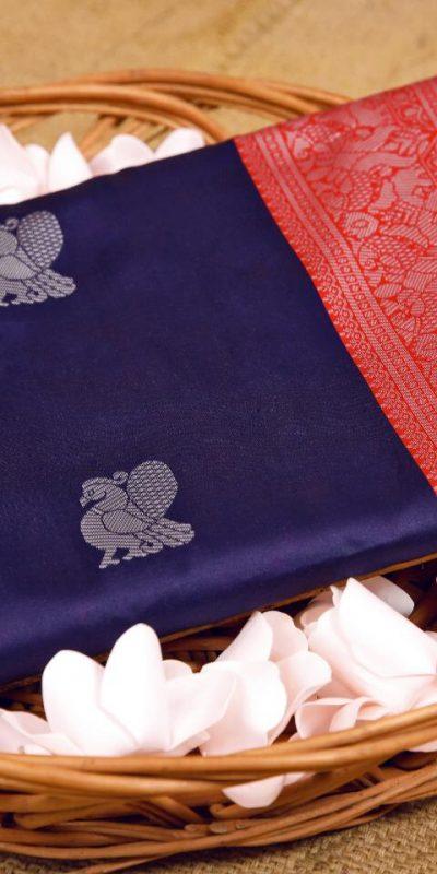 stunning-violet-color-kanchipuram-silk-woven-saree