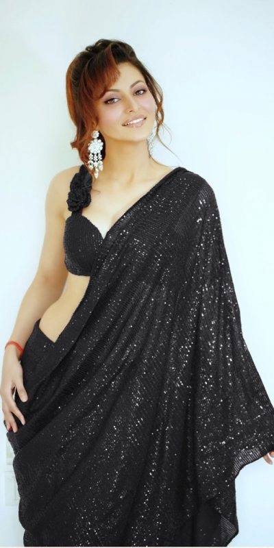 urvashi-rautela-in-heavy-Black-color-full-sequence-work-saree