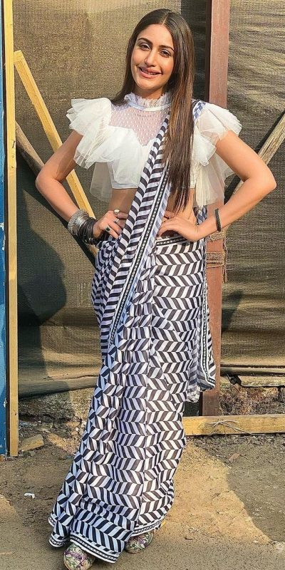 enticing-white-black-color-georgette-with-digital-printed-party-wear-saree
