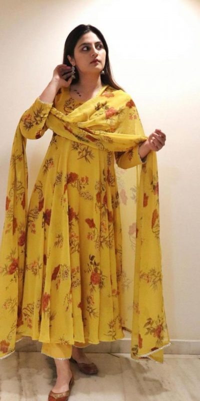 marvelous-yellow-color-georgette-with-printed-party-wear-gown
