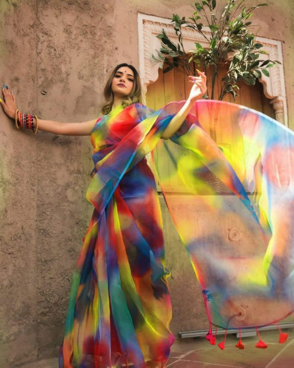 trending-light-weight-multi-color-organza-party-wear-saree