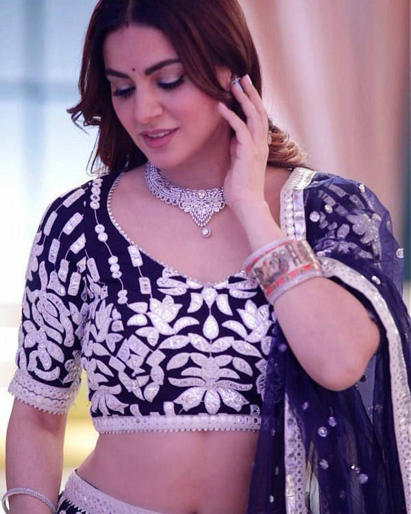 shraddha-arya-navy-blue-color-party-wear-embroiedry-bollywood-lehenga