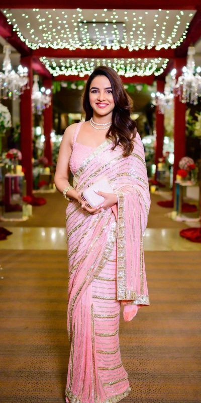 beauteous-jasmin-bhasin-in-pink-color-sequence-embellished-stylish-saree