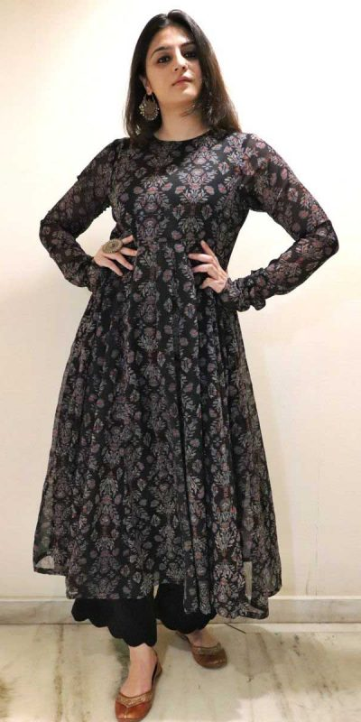 heavenly-party-wear-black-color-georgette-with-printed-gown