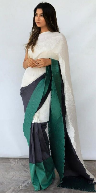 hypnotic-black-green-color-pleating-work-with-digital-printed-saree