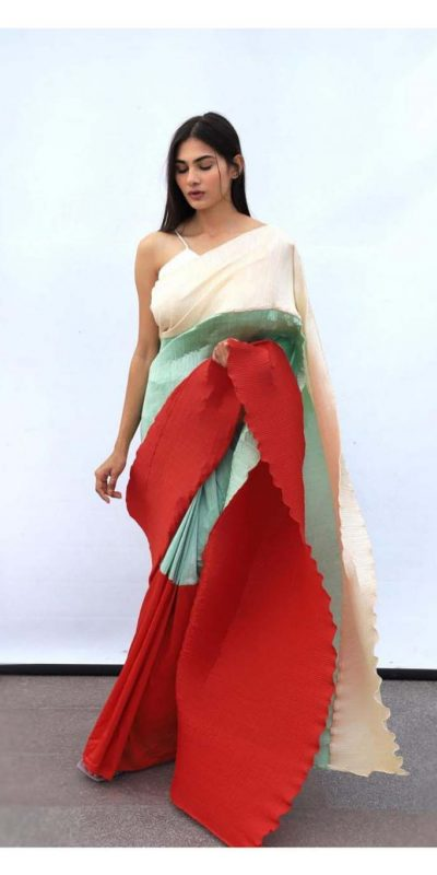 hypnotic-blue-red-color-pleating-work-with-digital-printed-saree