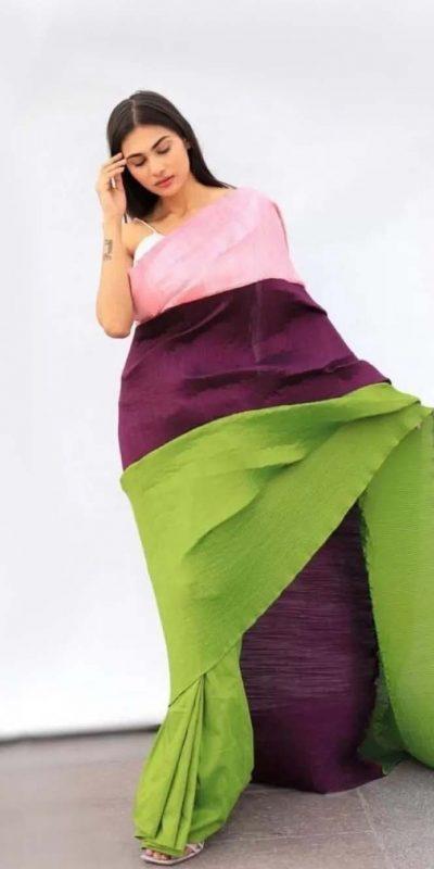 splendorous-multi-color-chinon-fabric-with-digital-print-saree