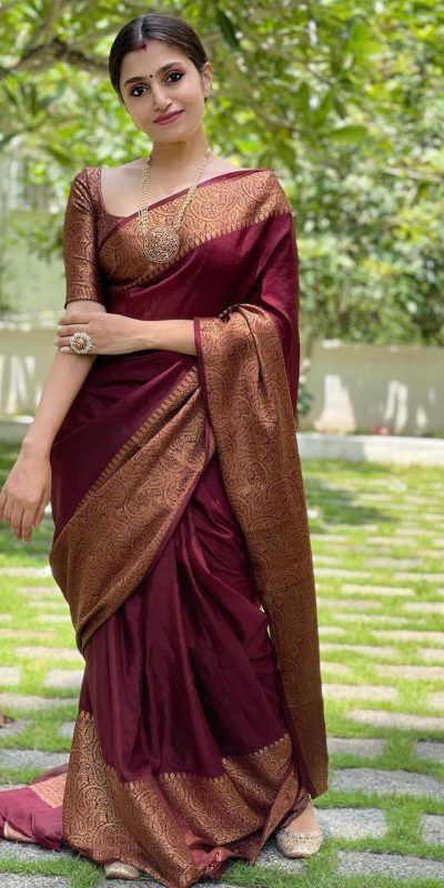 extraordinary-red-color-lichi-silk-with-jacquard-work-party-wear-saree
