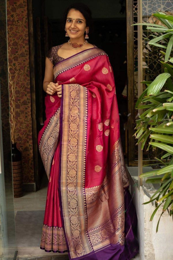 majestic-red-color-traditional-silk-with-jacquard-work-saree